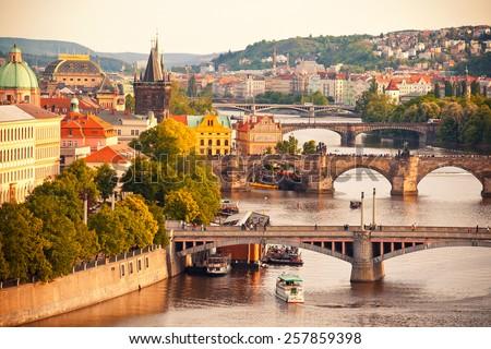 görmek · Prag · Çek · Cumhuriyeti · kale · gökyüzü · ev - stok fotoğraf © borisb17