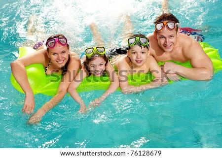 Jungen heiter Mutter Sohn Schwimmbad Feiertage Stock foto © galitskaya