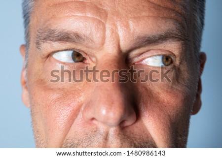 Férfi szem testmozgás javít előrelátás kezek Stock fotó © AndreyPopov