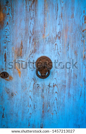 tradicional · azul · porta · parede · rua · janela - foto stock © lunamarina