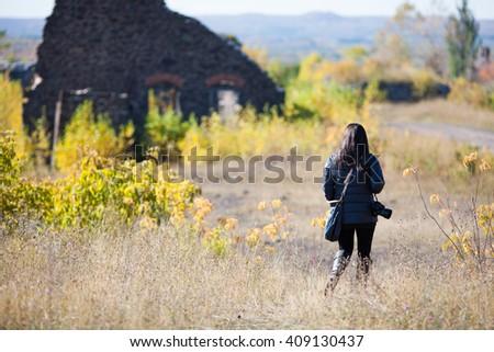 lányok · promenád · kettő · fiatal · barátságos · lezser - stock fotó © pressmaster