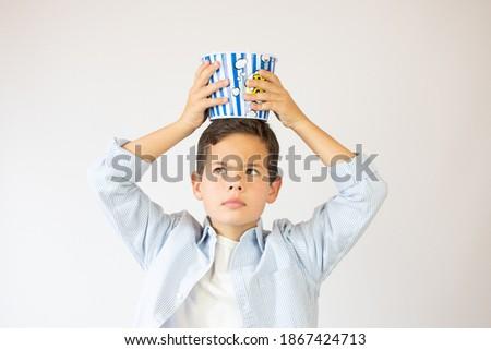 少年 食べ ポップコーン 紙 バケット ストックフォト © dolgachov