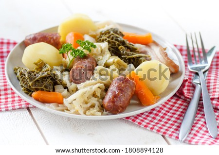 Stew of white cabbage and bacon Stock photo © joannawnuk