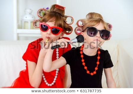 komik · küçük · kız · anneler · ayakkabı · yalıtılmış - stok fotoğraf © sapegina