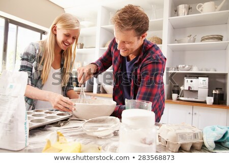 Twee mannen cake voedsel tabel melk Stockfoto © photography33
