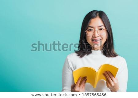 asian · Homme · étudiant · couvrir · visage · livre · ouvert - photo stock © ampyang