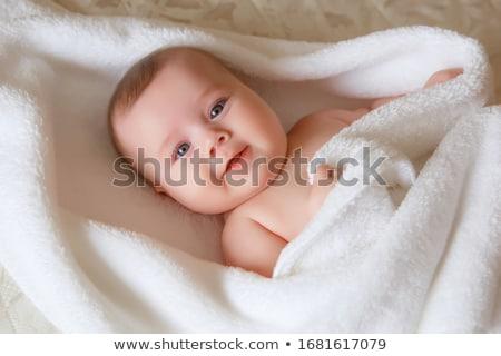 inocente · nino · amarillo · manta · retrato · adorable - foto stock © get4net
