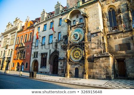 Famoso astronômico relógio Praga pormenor arquitetura Foto stock © elxeneize