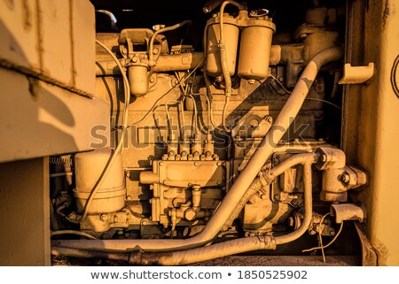 Dizel sarı traktör kamyon motor detay Stok fotoğraf © lunamarina