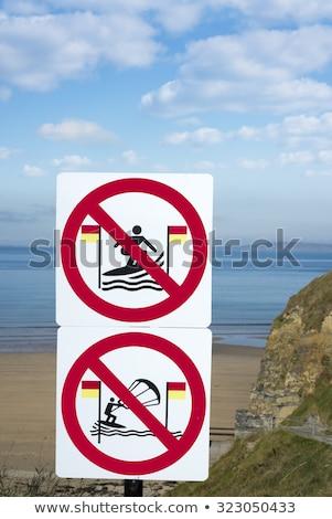 Waarschuwing borden surfers wild manier Ierland Stockfoto © morrbyte