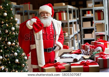 Man Hold Box and Bags, Ready to Greet with Holiday Stock photo © robuart