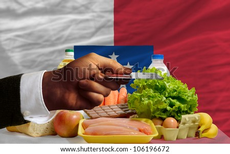 Buying Groceries With Credit Card In Franceville Foto stock © vepar5