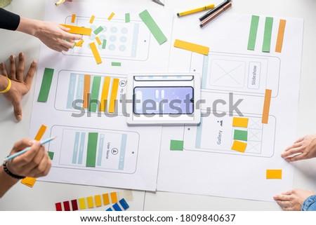 Groep jonge tijdgenoot creatieve werken nieuwe Stockfoto © pressmaster