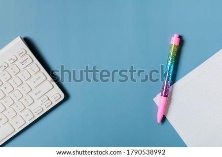 Colorato carta da lettere tastiera computer carta internet Foto d'archivio © devon