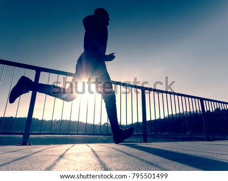 Hombre nino ejecutar puente verano mano Foto stock © Paha_L