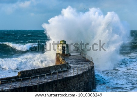 Onde pier cornwall Ocean blu surf Foto d'archivio © latent