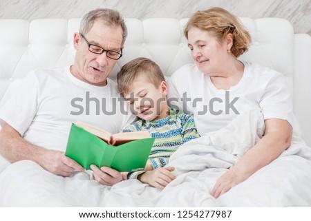 Senior Frau Baby Enkel Fuß Muster Stock foto © IS2