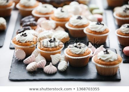 mooie · veelkleurig · ingericht · snoep · tabel · gebakken - stockfoto © ruslanshramko
