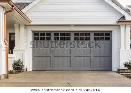 öreg · garázs · ajtó · viharvert · törött · ablakok - stock fotó © stevanovicigor
