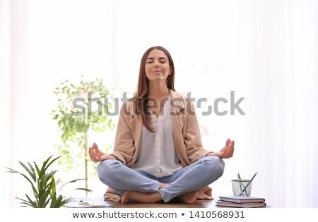 красивой · африканских · женщину · сидят - Сток-фото © stockyimages
