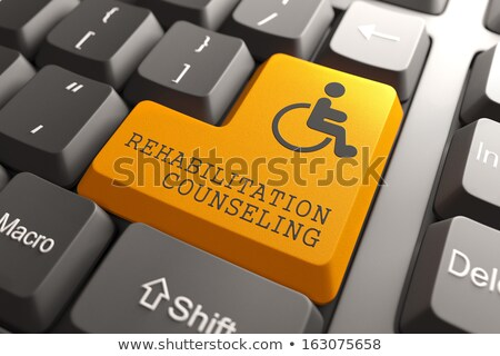 Toetsenbord sociale geneeskunde oranje knop woorden Stockfoto © tashatuvango