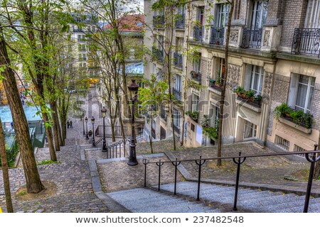 Romantische Parijs cafe montmartre avond Frankrijk Stockfoto © anshar