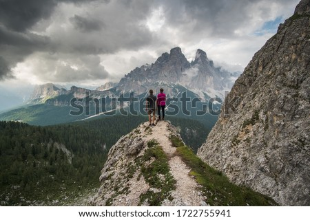 Paar permanente bos parcours mooie vrouw Stockfoto © Lopolo