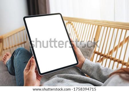 Tablet-Computer weiß Bildschirm Kopie Raum Büro Tabelle Stock foto © stevanovicigor