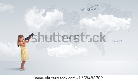 孩子 看 飛機 地圖 小女孩 女孩 商業照片 © ra2studio