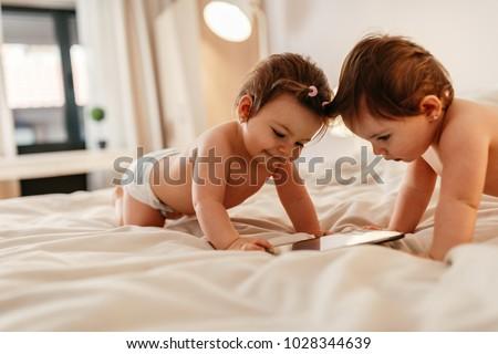 çok güzel bebek küçük battaniye yüz Stok fotoğraf © taden