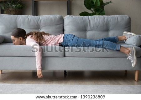 眠い 女性 1泊 ホーム ソファ 寝 ストックフォト © Giulio_Fornasar