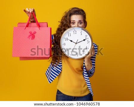 Foto stock: Compras · tempo · jovem · feliz · mulher