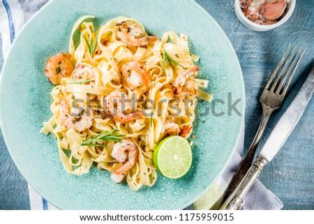 Garlic ready for preparing traditional Italian food Stock photo © AlessandroZocc