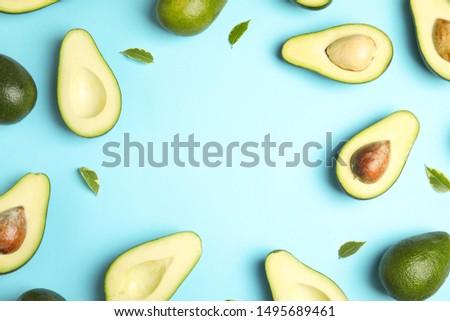 Metade inteiro abacate azul topo ver Foto stock © furmanphoto