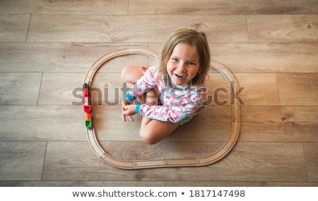 oynama · tuğla · portre · mutlu · genç · kız · oturma - stok fotoğraf © photography33