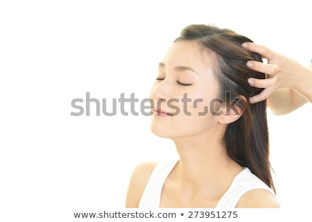 Foto stock: Ulher · feliz · recebendo · massagem · na · cabeça