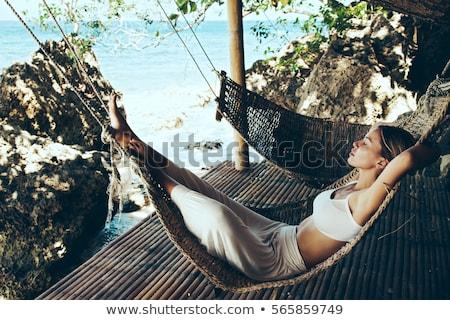 mulher · recorrer · lugar · branco · maiô · vermelho - foto stock © massonforstock
