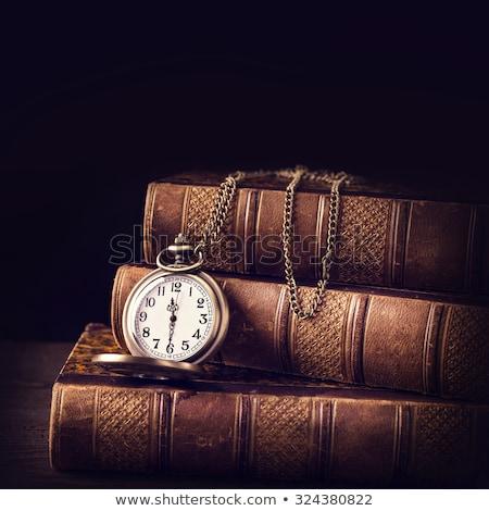 velho · relógio · de · bolso · livro · livros · sujo · ambiente - foto stock © berczy04