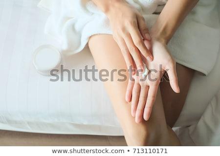 Mooie jonge vrouw handen room geïsoleerd witte Stockfoto © julenochek