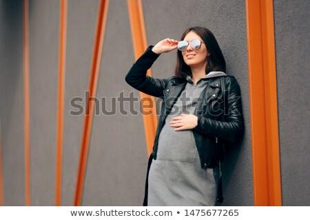 Modny kobieta w ciąży czarna sukienka odkryty kobieta dziewczyna Zdjęcia stock © dashapetrenko