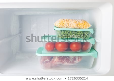 銀 · 冷蔵庫 · オープンドア · ガラス · ドリンク · ショップ - ストックフォト © andreypopov