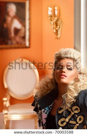 Blond dame détente luxueux appartement Photo stock © majdansky
