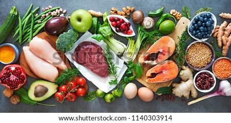 Mięsa świeże warzywa tle zielone obiedzie Zdjęcia stock © maisicon