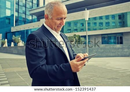 Sonriendo exitoso empresario aire libre verano Foto stock © juniart