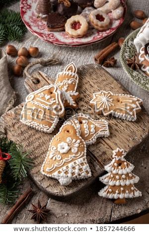 Mézeskalács sütik fa tányér karácsony desszert Stock fotó © komodoempire