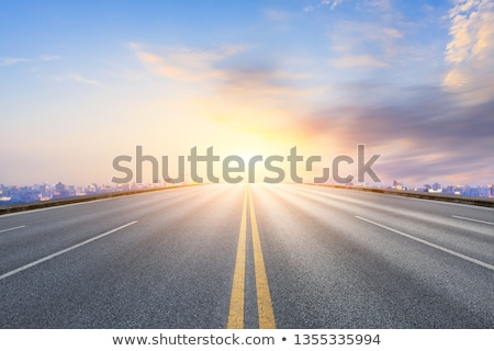 ruchu · ulicy · miasta · drogowego · krajobraz · świetle - zdjęcia stock © joyr
