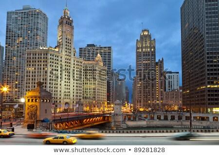 Chicago · şehir · merkezinde · akşam · karanlığı · şehir · gökyüzü - stok fotoğraf © achimhb
