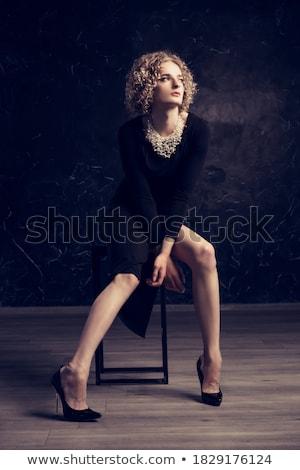 男 座って 椅子 女性 ファッション 黒 ストックフォト © wavebreak_media