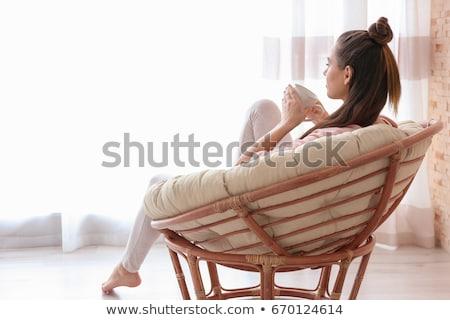 slaapkamer · jonge · vrouw · drinken · koffie · ontspannen · witte - stockfoto © choreograph