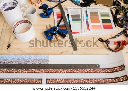 定規 セット 装飾 その他 デザイン 木製のテーブル ストックフォト © pressmaster